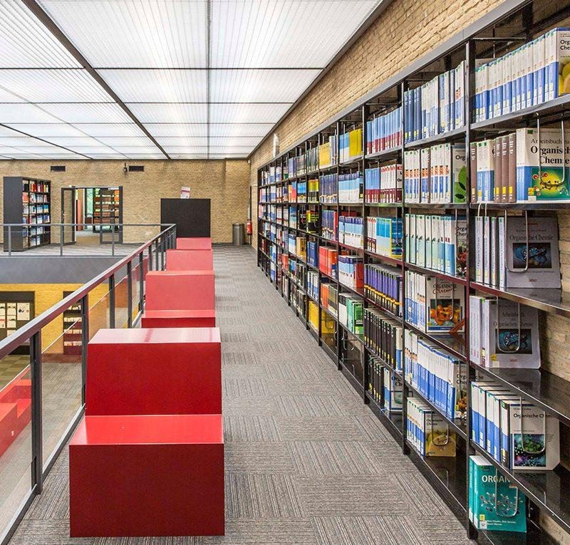 Der Weg des Buches in die Bibliothek